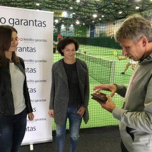 """Turnyro """"Kredito Garantas Cup 2017"""" III vietos moterų dvejetų laimėtojos"""